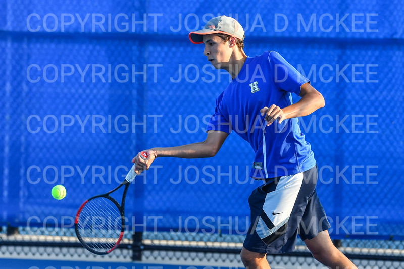 9/21/18 5:43:14 PM Tennis: Practice held at the Tietje Family Tennis Center, Hamilton College, Clinton, NY<br /> <br /> Photo by Josh McKee