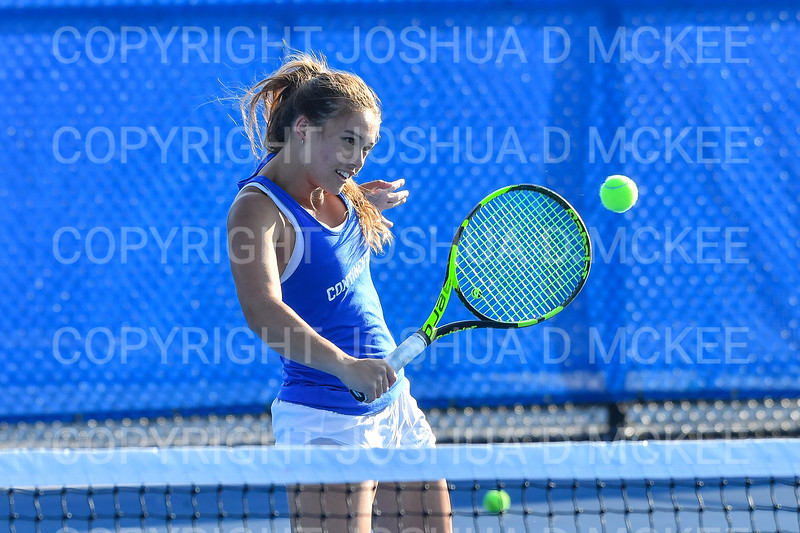 9/21/18 4:58:03 PM Tennis: Practice held at the Tietje Family Tennis Center, Hamilton College, Clinton, NY<br /> <br /> Photo by Josh McKee