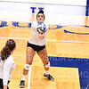 Hamilton College L/DS Kayla Self (9)<br /> <br /> 10/5/18 7:19:10 PM Women's Volleyball:  Bates College v Hamilton College in the Margaret Bundy Scott Field House at Hamilton College, Clinton, NY<br /> <br /> Final: Bates 3  Hamilton 0<br /> <br /> Photo by Josh McKee