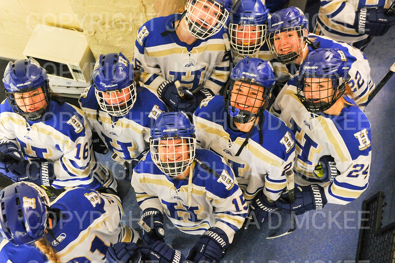 Team<br /> <br /> 11/17/18 6:55:53 PM Women's Hockey:  Williams College v Hamilton College at Russell Sage Rink, Hamilton College, Clinton, NY<br /> <br /> Final:  Williams  4  Hamilton 3<br /> <br /> Photo by Josh McKee