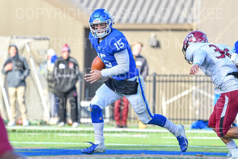 Hamilton College quarterback Kenny Gray (15)<br /> <br /> 11/9/19 3:17:12 PM Football:  Bates College v Hamilton College at Steuben Field, Hamilton College, Clinton, NY<br /> <br /> Final:  Bates 26  Hamilton 21<br /> <br /> Photo by Josh McKee