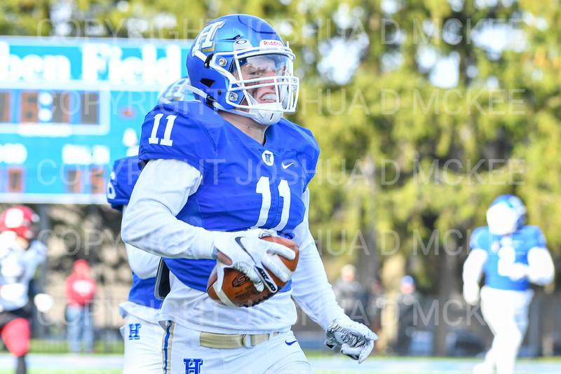 Hamilton College linebacker Jeremy Barr (11)<br /> <br /> 11/9/19 2:09:10 PM Football:  Bates College v Hamilton College at Steuben Field, Hamilton College, Clinton, NY<br /> <br /> Final:  Bates 26  Hamilton 21<br /> <br /> Photo by Josh McKee