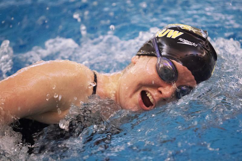 /Users/alexturco/Pictures/The DePauw/November 2008/20081102_ Swimming vs WashU/Jpegs/.ART_7760.jpg