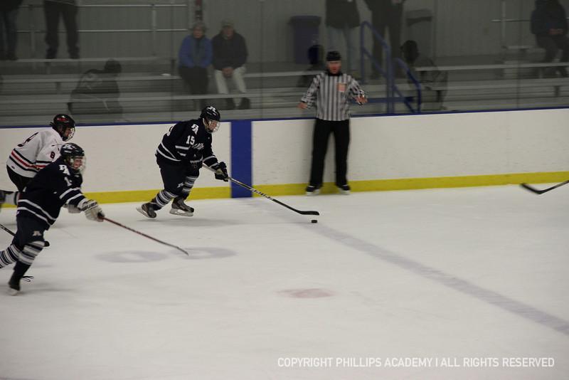 Michael Kim '14 makes it across the blue line.