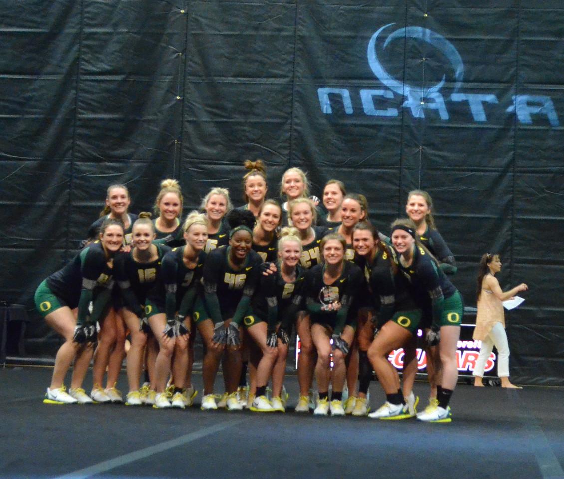 Oregon Toss Sychronized