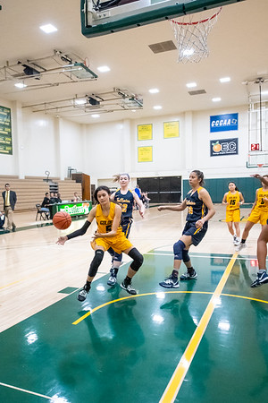 Basketball-W-2020-01-10-6710