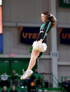 cheerleaders0214