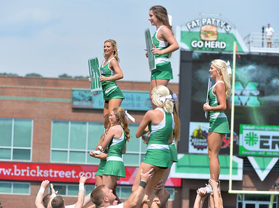 cheerleaders3573