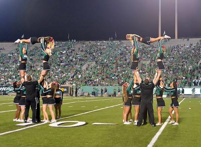 cheerleaders6995