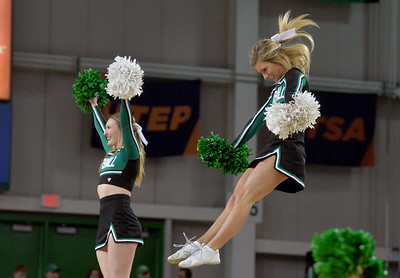 cheerleaders3442