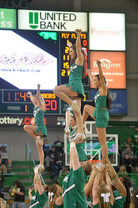 cheerleaders3057