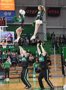 cheerleaders0320