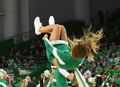 cheerleaders8236