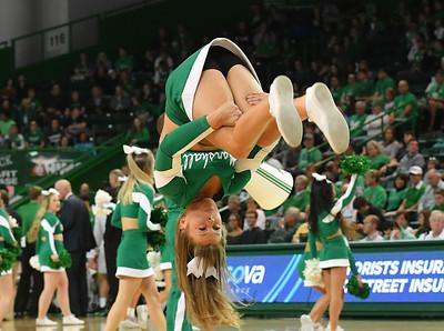 cheerleaders8238