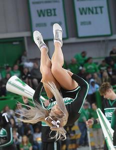 cheerleaders3822