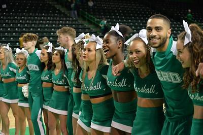 cheerleaders9046