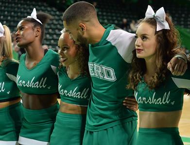 cheerleaders9042