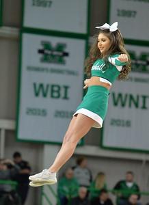 cheerleaders8344