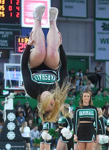 cheerleaders2414