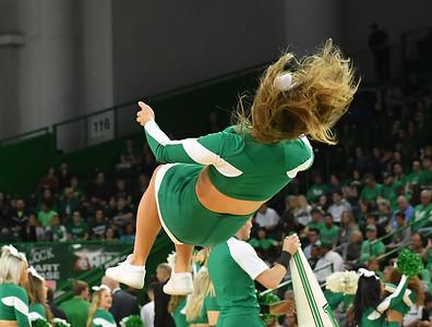 cheerleaders8235