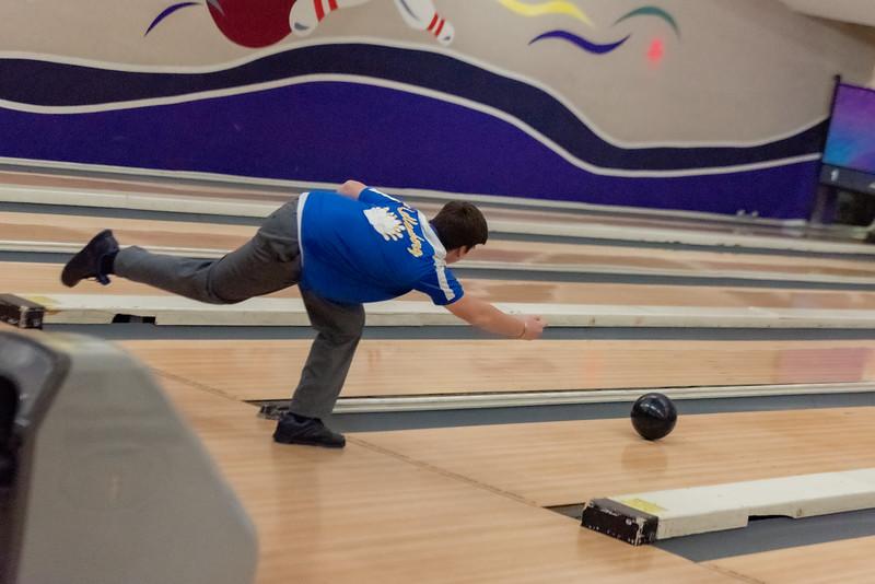 20191121- Varsity Bowling - 004