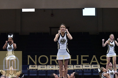 2018-10-19 CHEER Cheer Performance at NE NOW