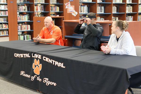 Crystal Lake Central's Romeo McKnight Commits to Iowa