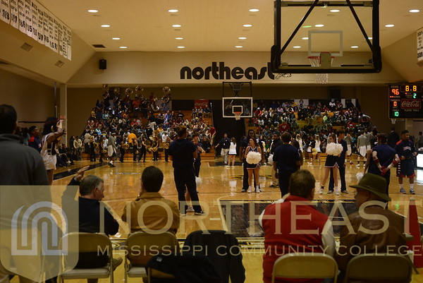 2015-01-15 ATH FANS Student Section at Itawamba Contests