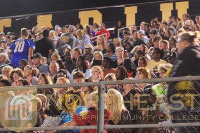 2016-09-29 FANS Fans at Football Game - MC