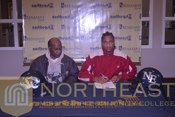 2014-12-17 FB Four-year Signees
