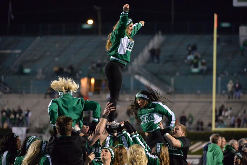 cheerleaders3312