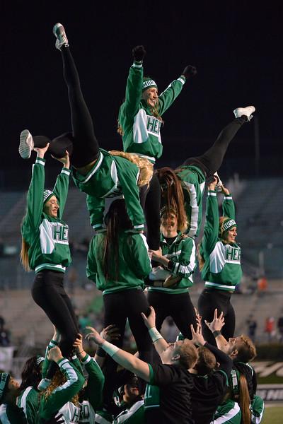 cheerleaders3348