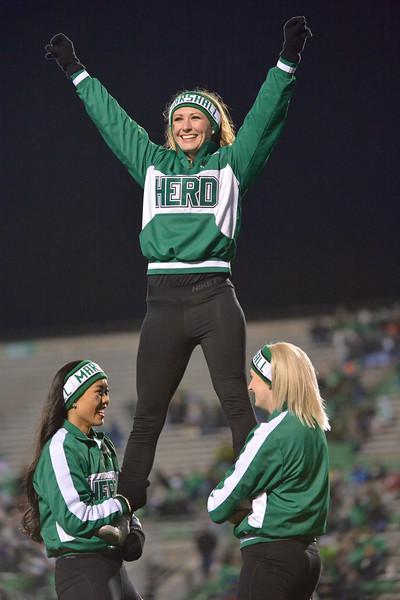 cheerleaders9255