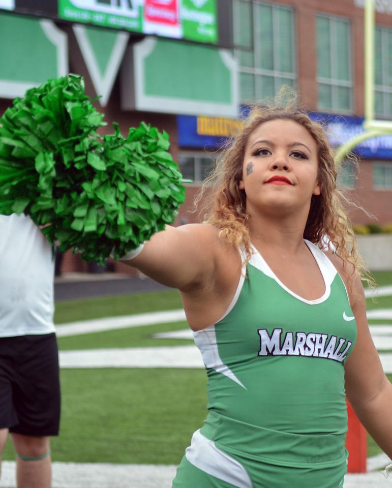 cheerleaders9165