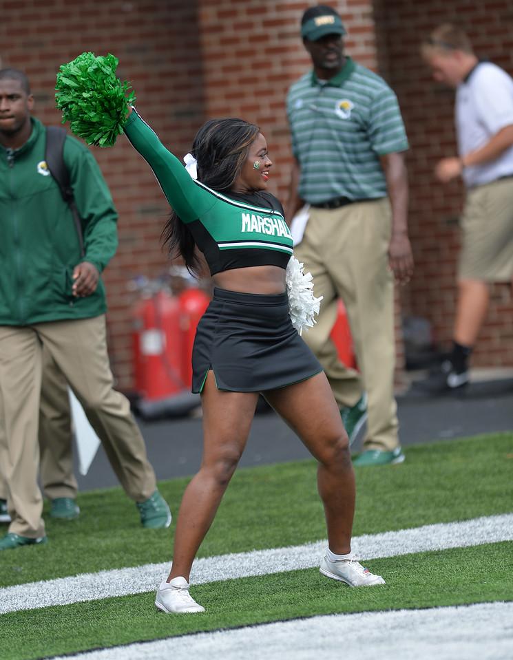 cheerleaders8034