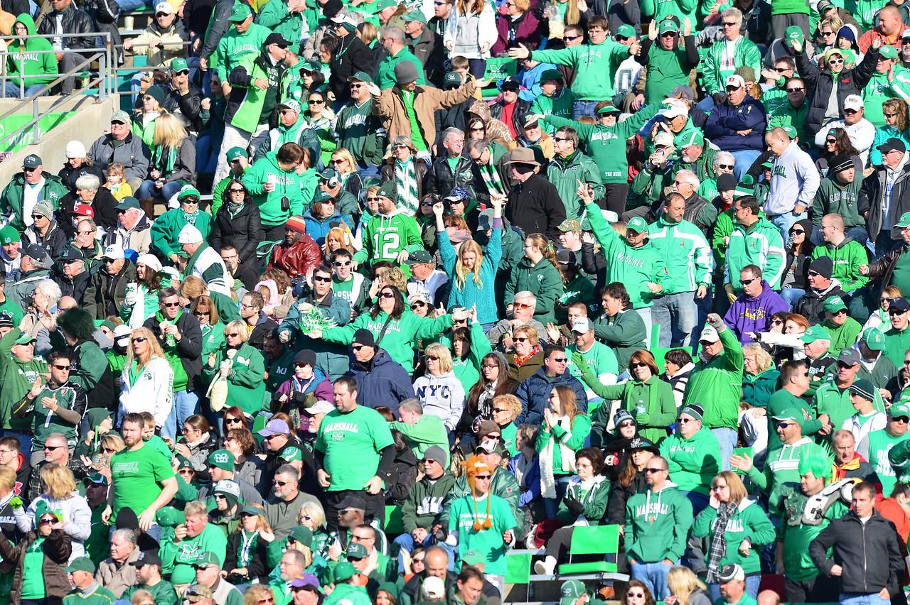 crowd1276