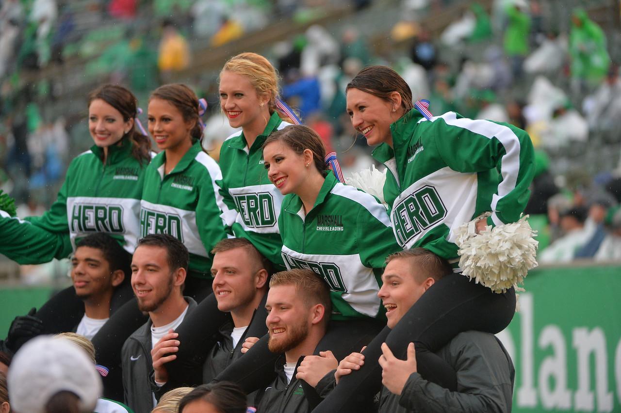 cheerleaders3494