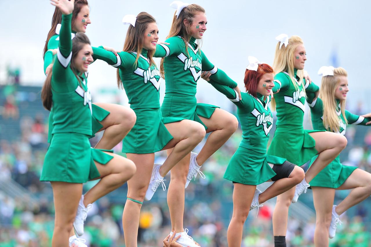 cheerleaders4588