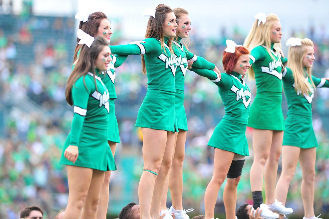 cheerleaders4586