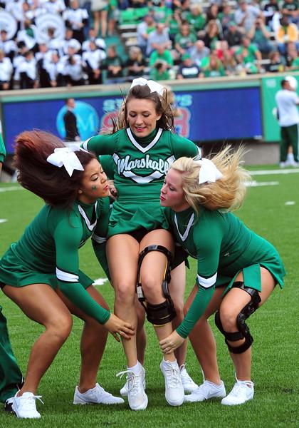 cheerleaders2883