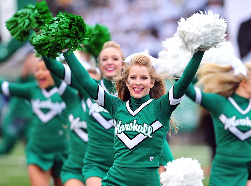 cheerleaders3834