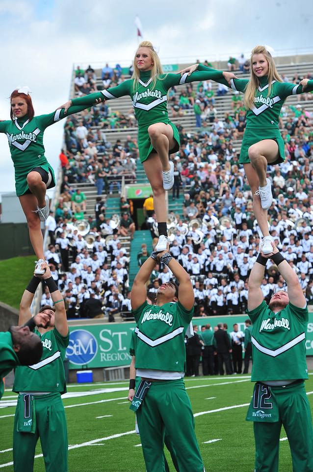 cheerleaders2875