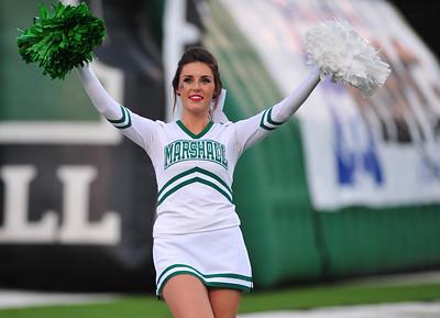 cheerleaders1045