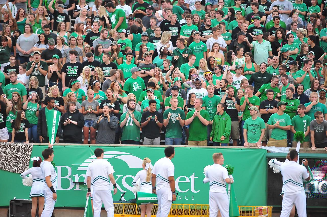 crowd1148