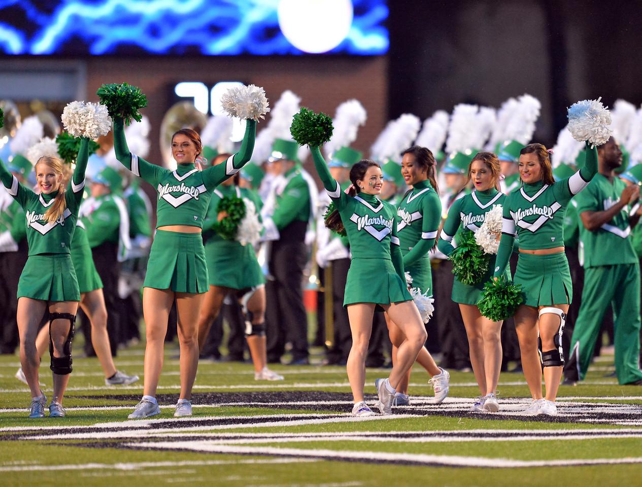 cheerleaders4784
