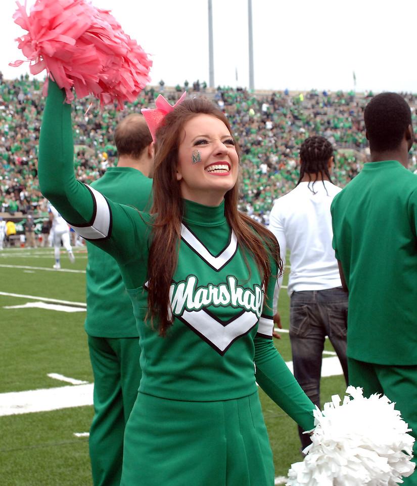 cheerleaders5044