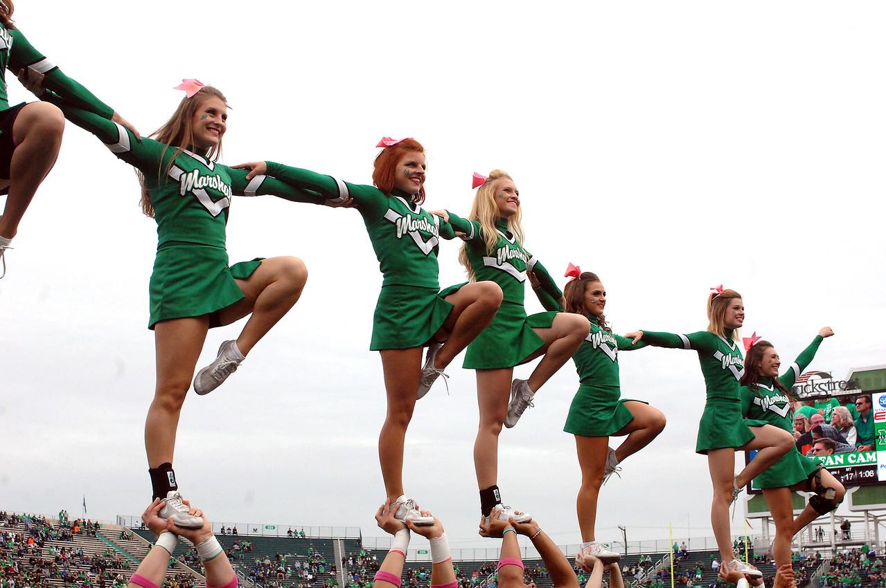 cheerleaders5030