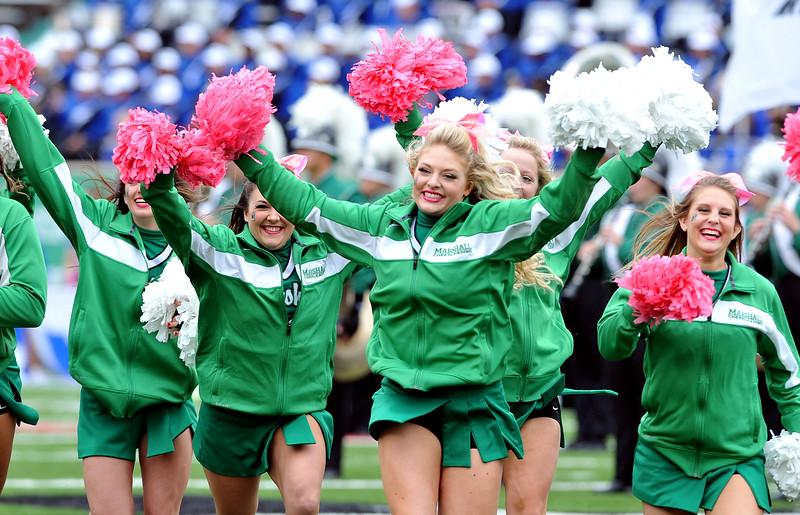cheerleaders9422