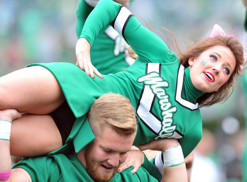 cheerleaders0269