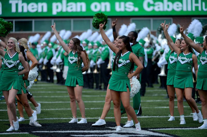 cheerleaders8425